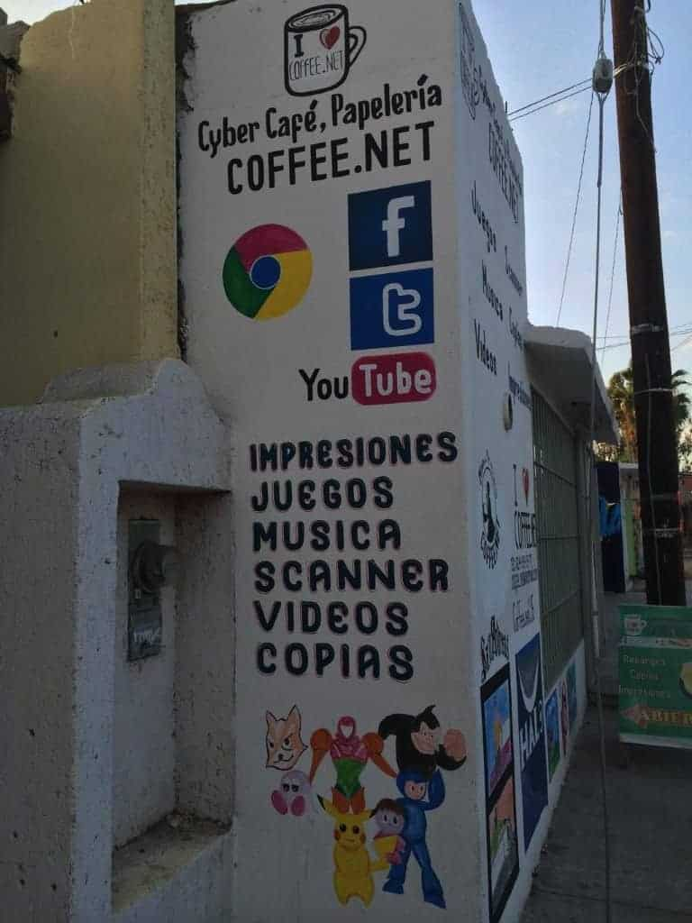 Internet Cafe... Chrome included?