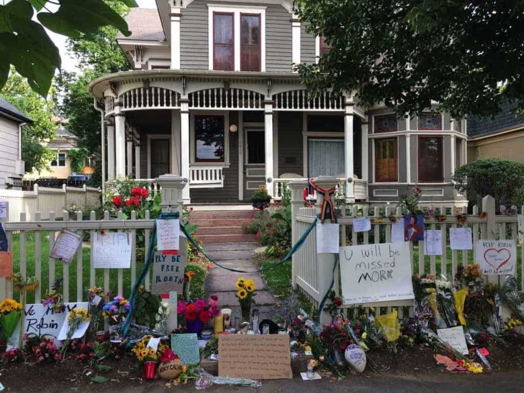 Robin Williams memorial in Boulder, Colorado 1