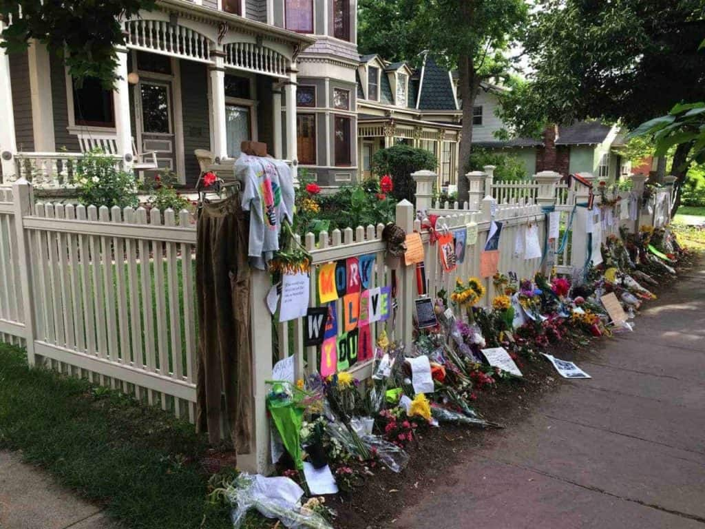 Robin Williams memorial in Boulder, Colorado 3