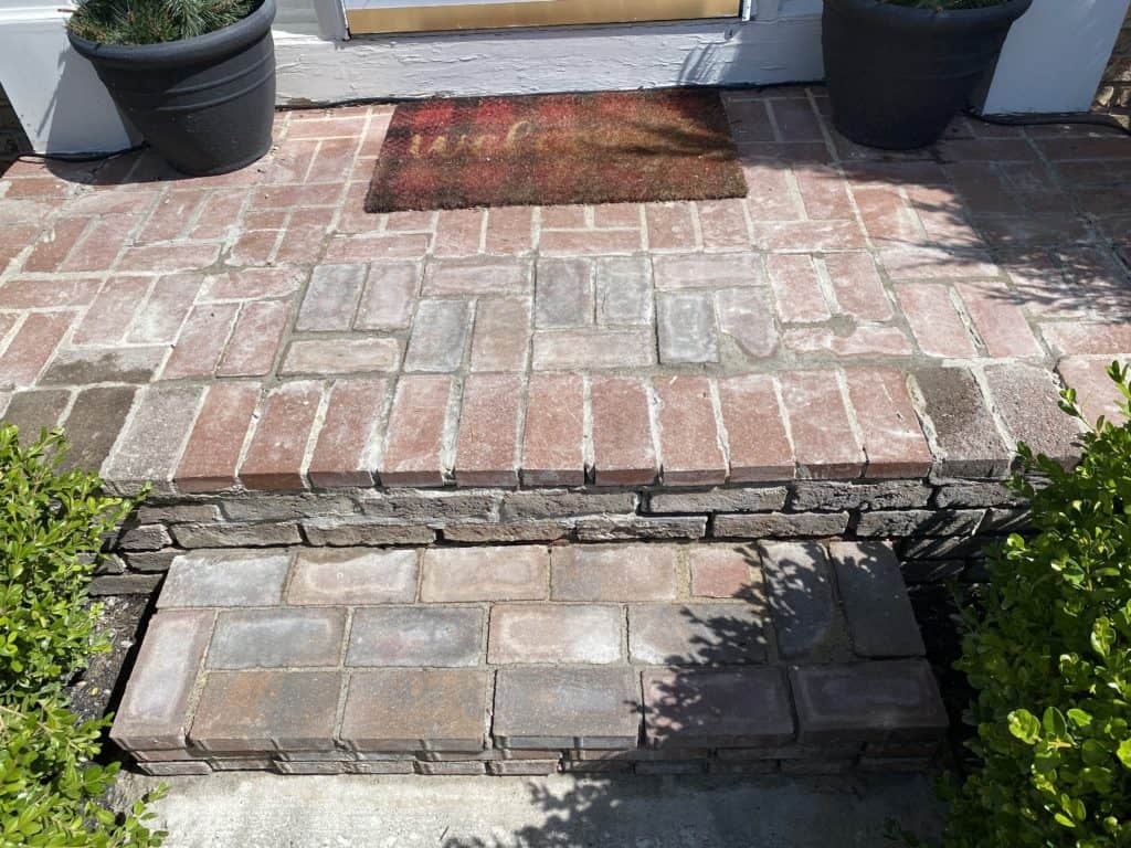 Redoing the front steps – Part 3 7